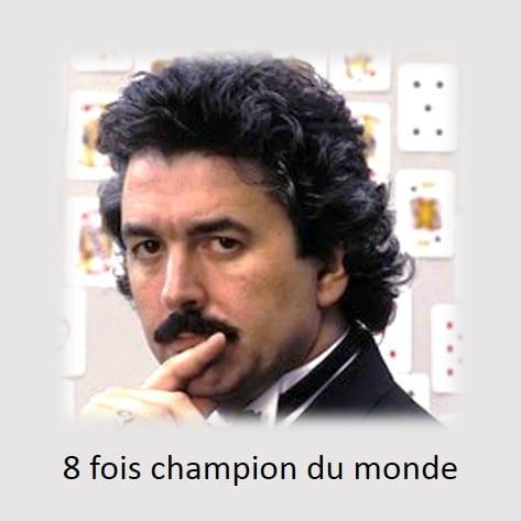 dominic-Obrien 8 fois champion du monde de mémoire